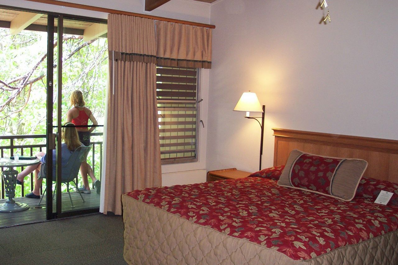 el portal chat rooms These sedona accommodations are perfect for you each of our twelve amenity-filled, luxury hotel rooms is uniquely decorated, and all are pet friendly rooms.