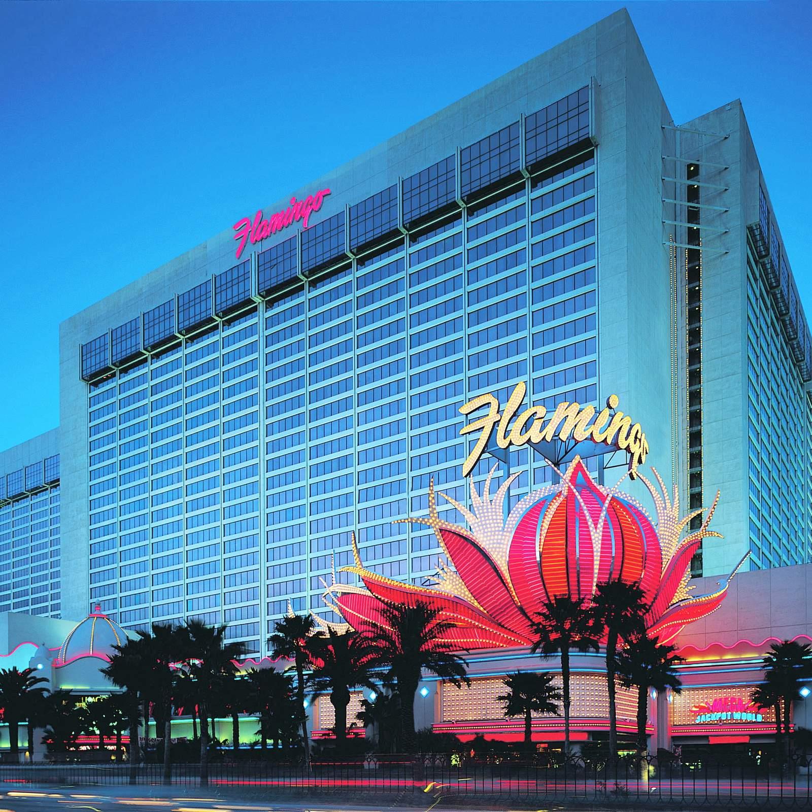 Flamingo hotel las vegas bei nacht aus dem heliopter - Flamingo Las Vegas
