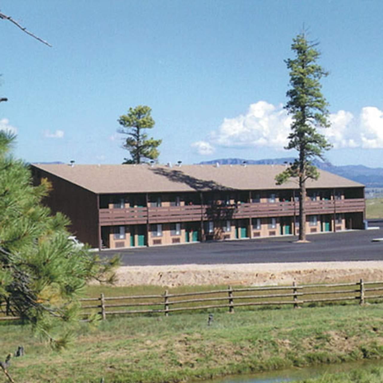 hotel utah bryce view lodge canusa. Black Bedroom Furniture Sets. Home Design Ideas