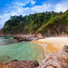 Wunderschöner tropischer Strand auf Kuba