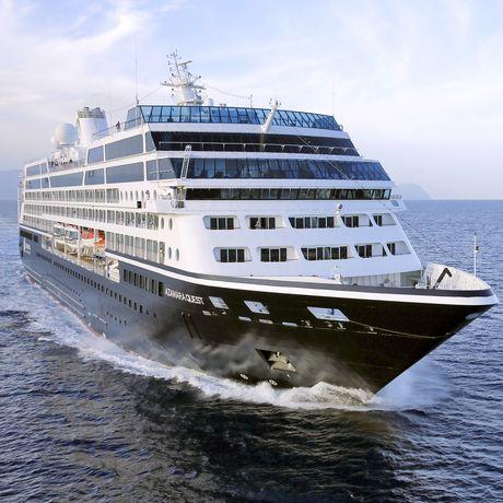 Frontansicht des Azamara Quest Kreuzfahrtschiffes