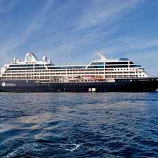 Seitenansicht des Azamara Quest Kreuzfahrtschiffes