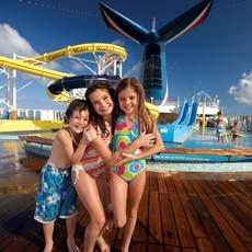 Der WaterWorks Wasserpark des Carnival Imagination Kreuzfahrtschiffes von der Carnival Cruise Line Reederei