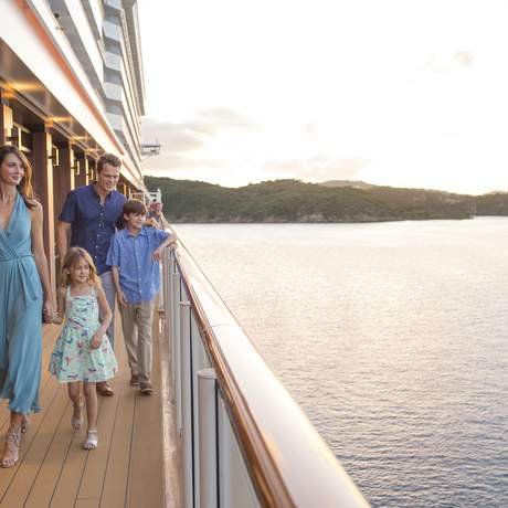 Familie auf der Norwegian Escape