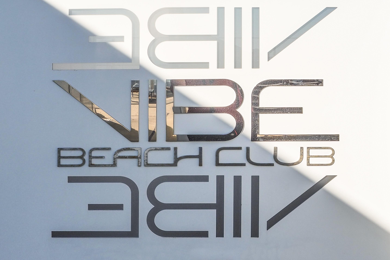 Der Vibe Beach Club auf dem Norwegian Getaway Kreuzfahrtschiff von NCL