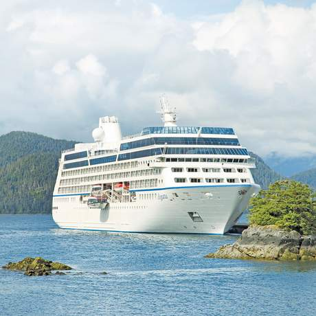 Die Regatta von Oceania Cruises vor Alaska