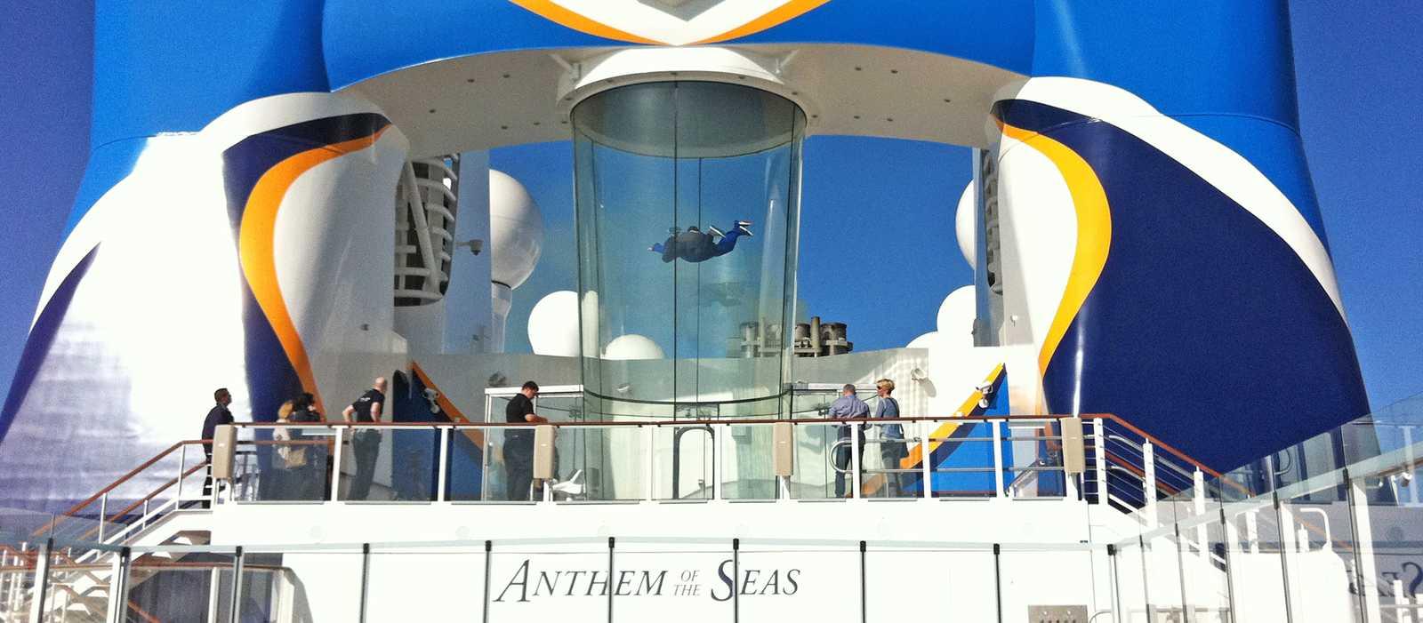 Skydiving auf der Anthem of the Seas