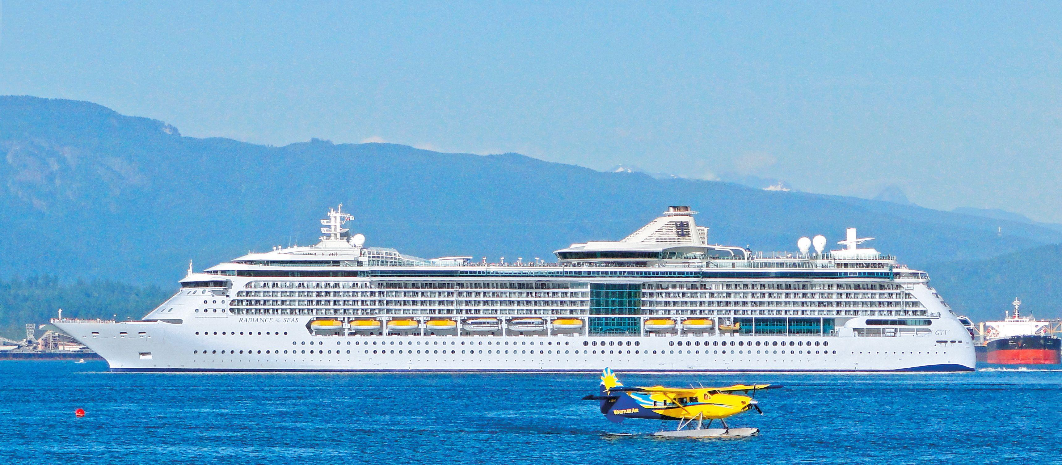 Radiance of the Seas im Hafen von Vancouver