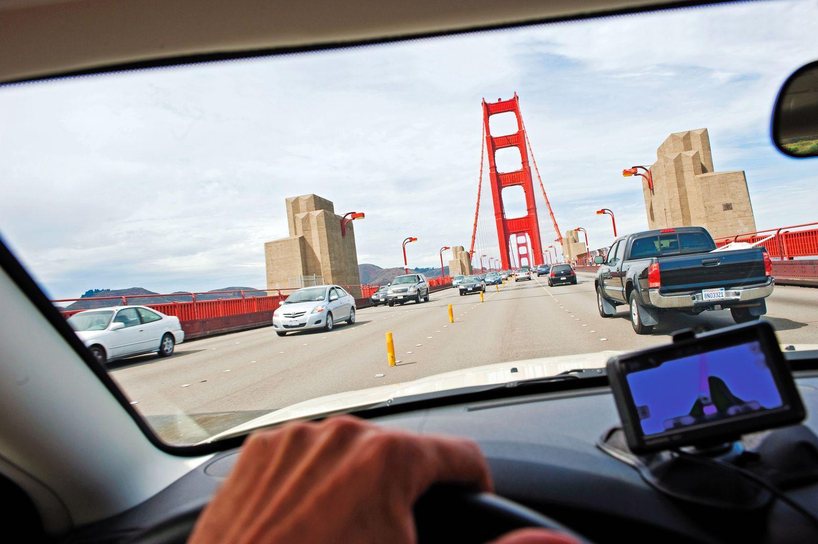 Fahrt ueber die Golden Gate Bridge