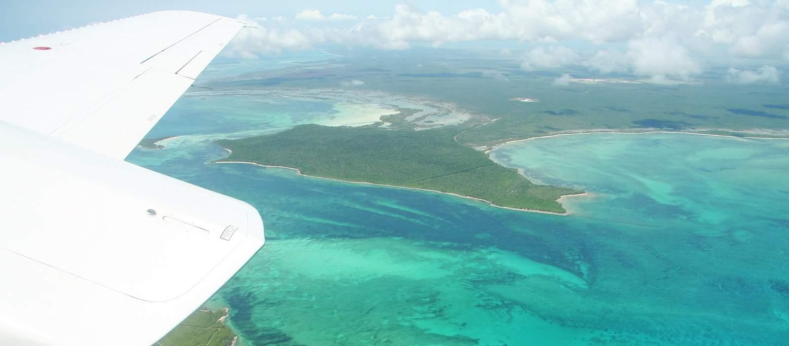 Inter Island Flug auf den Bahamas