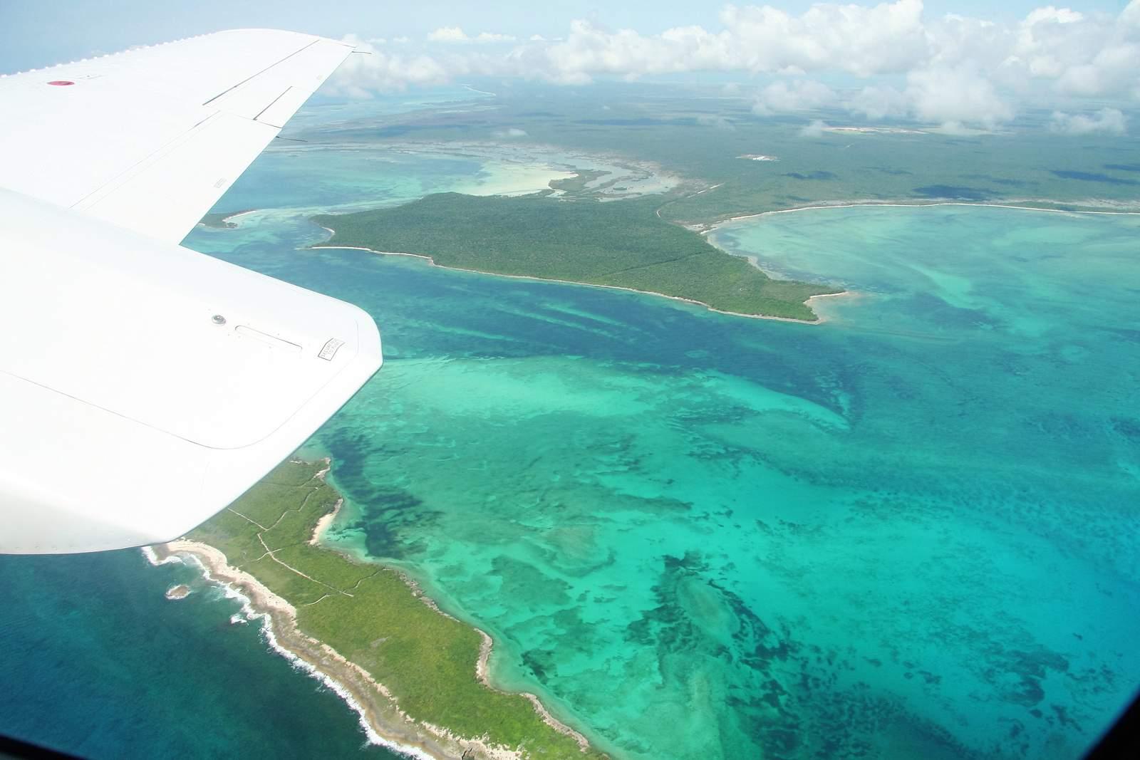 Rundflug über die Inseln, Bahamas