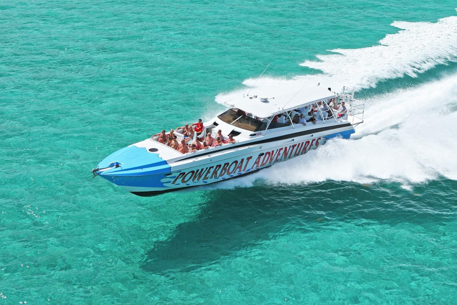 Powerboat Tour Nassau