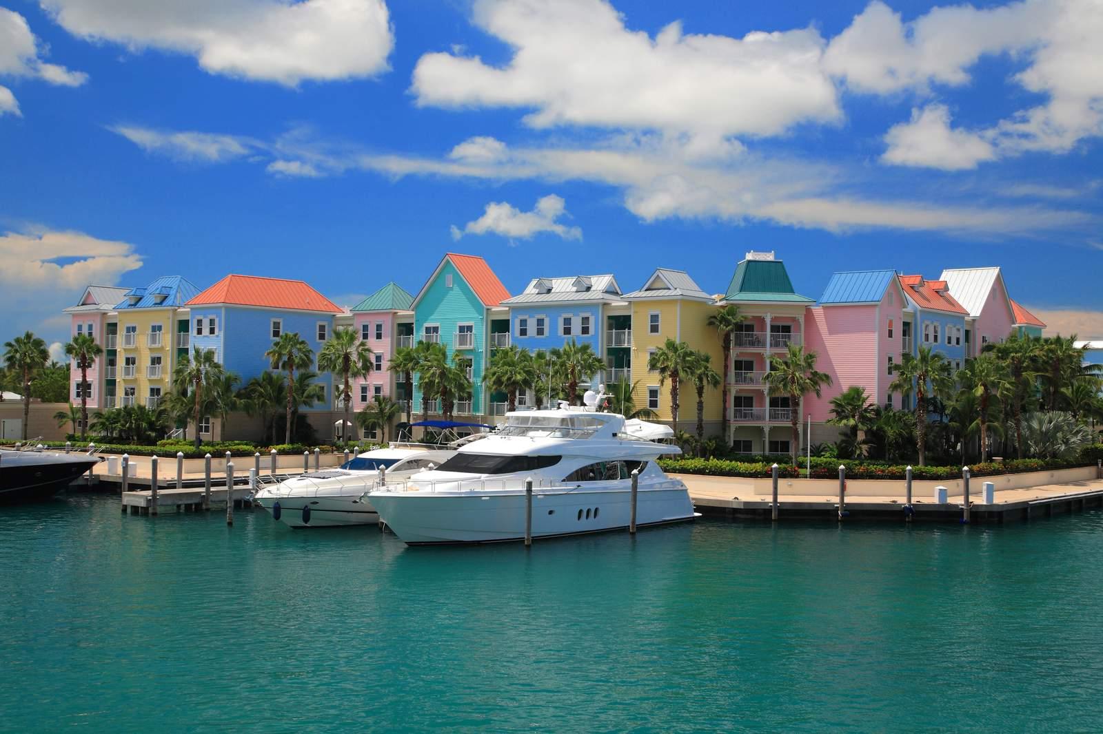 Yachthafen am Atlantis Hotel auf Paradise Island