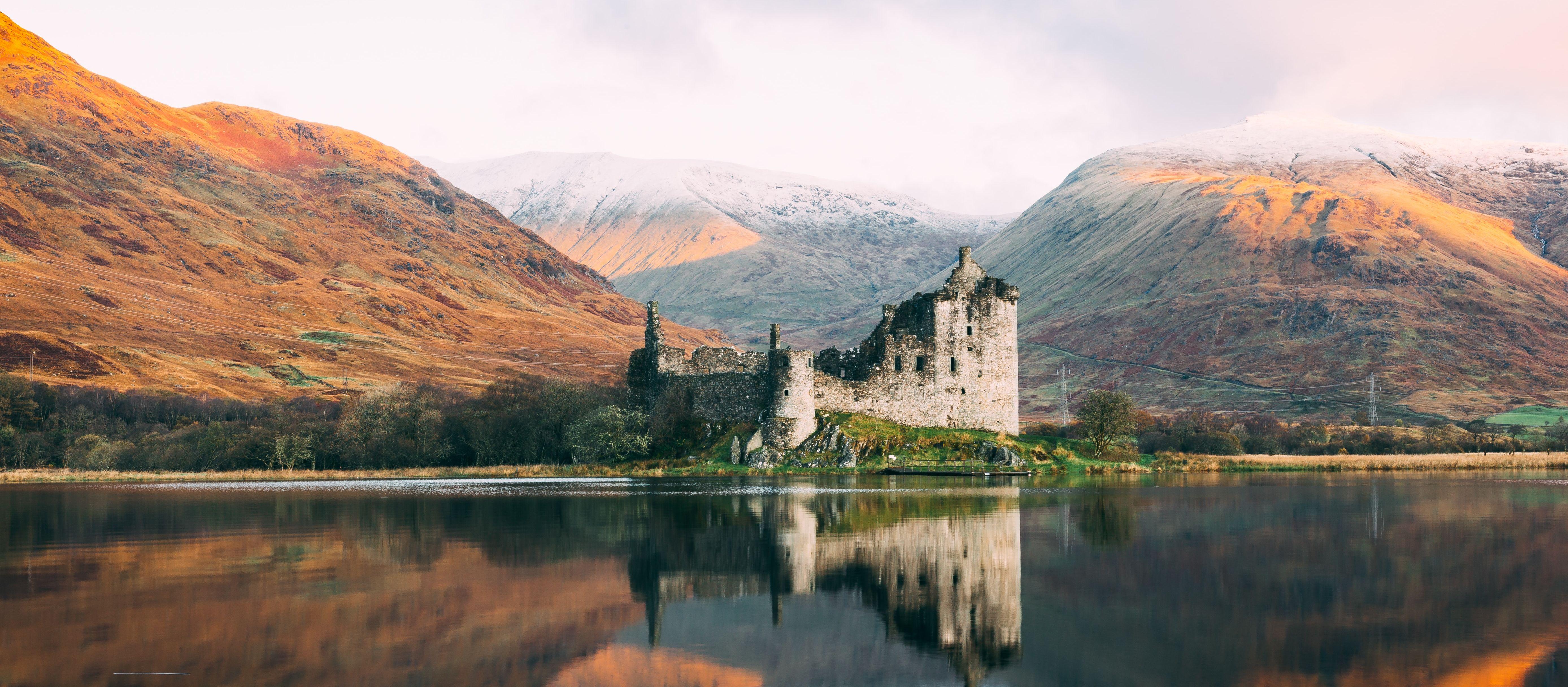 Blick auf das märchenhafte Kilchurn Castle in Schottland