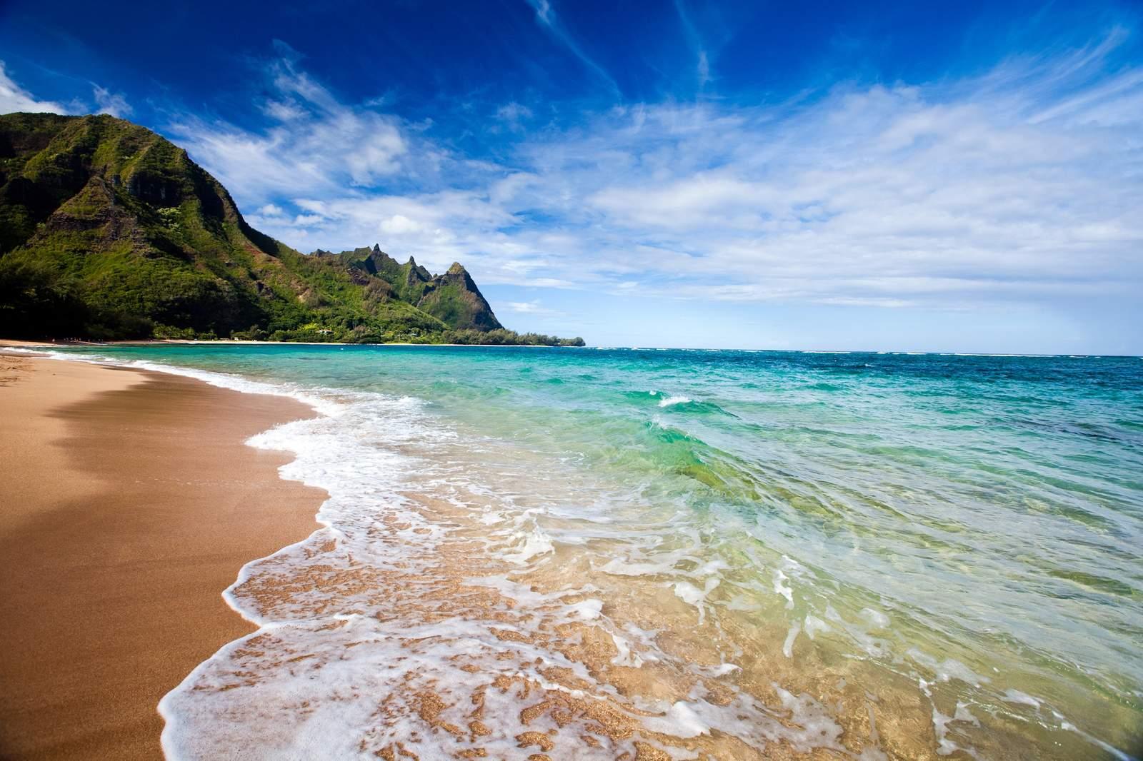 Kauai - Makua Beach mit Blick auf die Nepali Küste