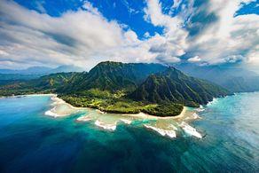 Blick auf die atemberaubende Na Pali Coast auf Kauai, Hawaii