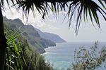 Der Blick vom Kalalau-Trail auf die Napalikueste von Kauai, Hawaii