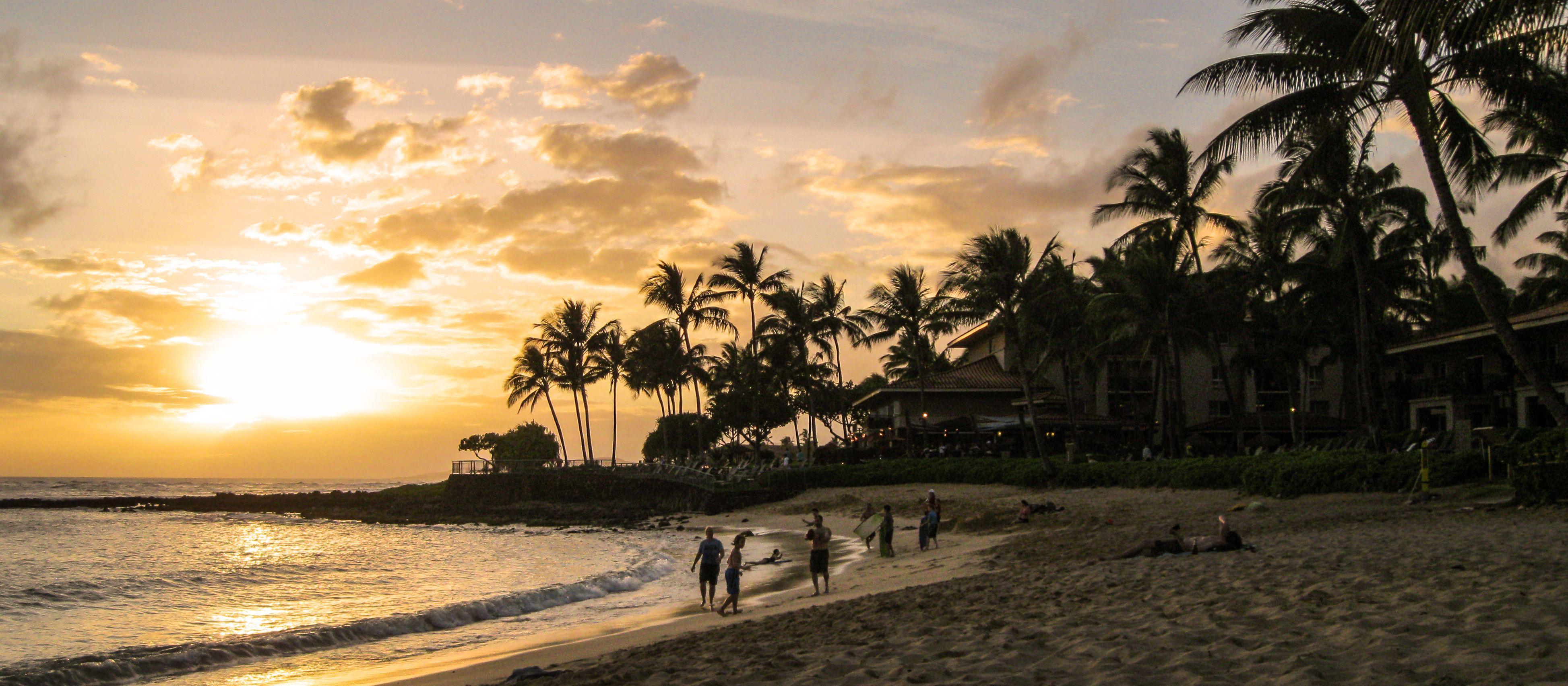 Sonnenuntergang am Poipu Beach auf Kauai