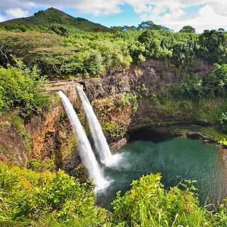 Blick auf die Wailua Falls