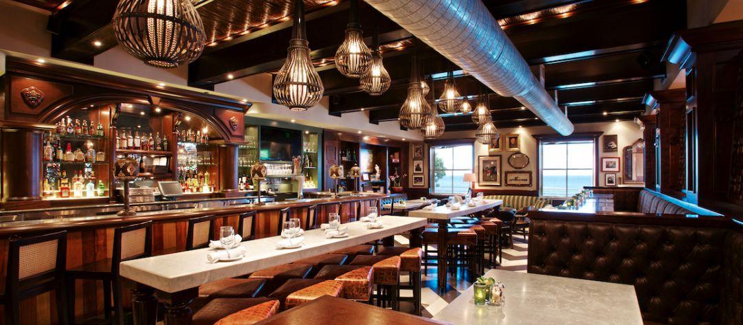 Das gemütliche Ambiente der Fleedwood's Bar