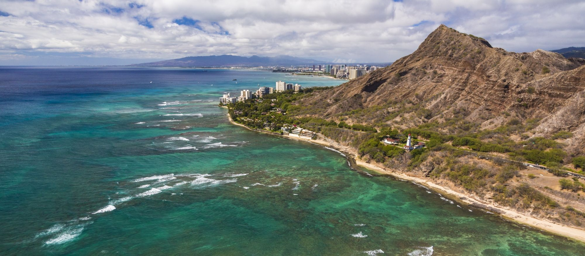 Waikiki peeking around Leahi