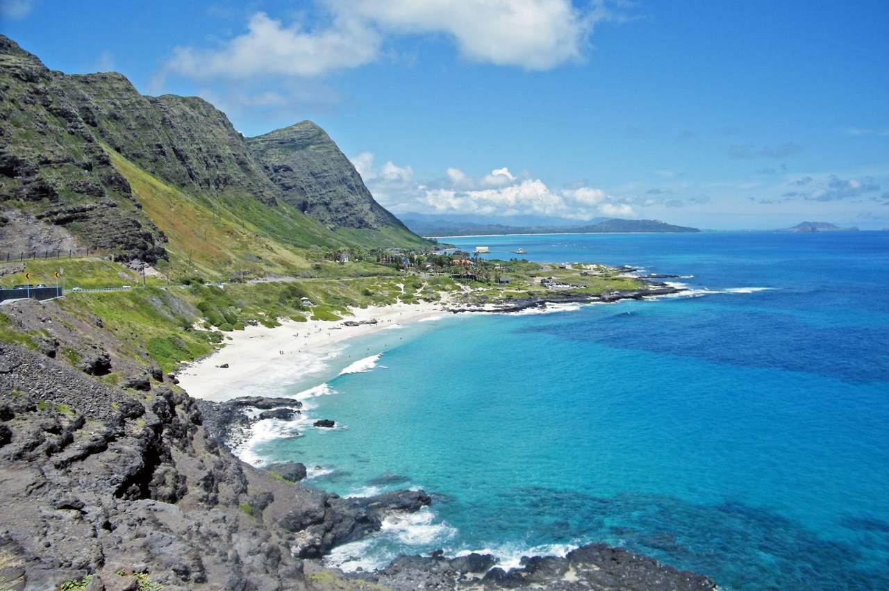Blick ueber die Ostkueste von Oahu