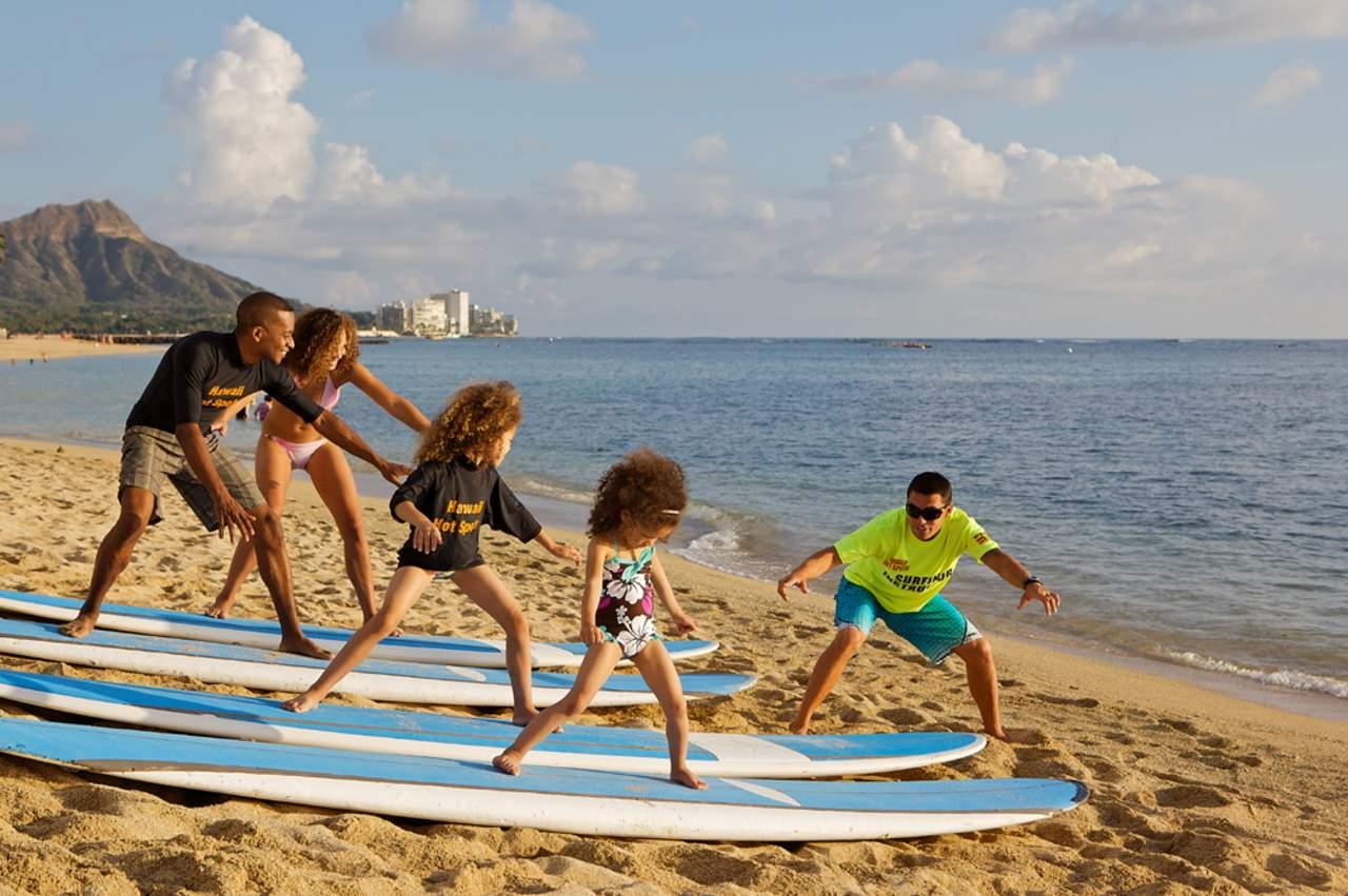Surfübungen am Strand