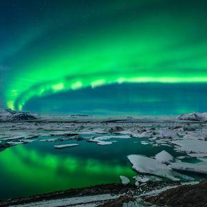 Atemberaubende Polarlichter in Island entdecken