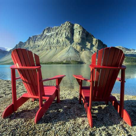 Banff National Park, Bow Lake, red chairs