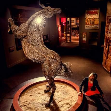 Kunstwerk im Glenbow Museum in Calgary