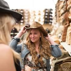Shoppen auf dem Calgary Stampede in Alberta