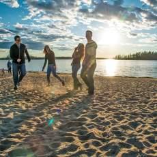 Freunde im Elk Island Nationalpark in Edmonton