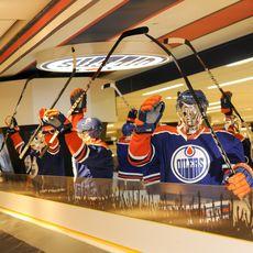 Schaufensterpuppen mit Edmonton Oilers Outfit