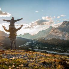 posierendes Paar im Jasper Nationalpark
