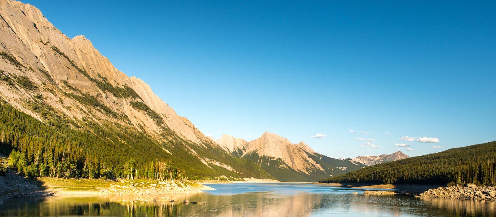 Der Medicine Lake im Jasper Nationalpark