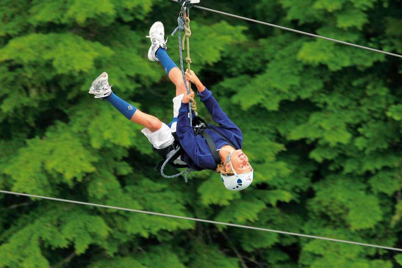Klettergurt Fibel : Zipline abenteuer u2013 bear tour canusa