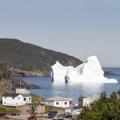 Ein Eisberg an der Küste Neufundlands