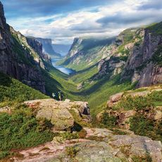 Hikers, Western brook Pond Fjord