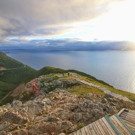 Sonnenuntergang am Ende des Skyline Trails im Cape Breton Highlands National Park, Nova Scotia