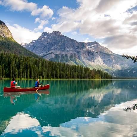 Kanu fahren auf dem Emerald Lake