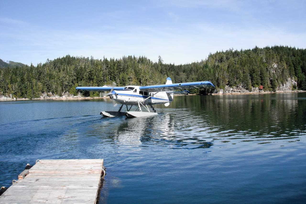 Wasserflugzeug auf dem Knight Iniet in British-Columbia
