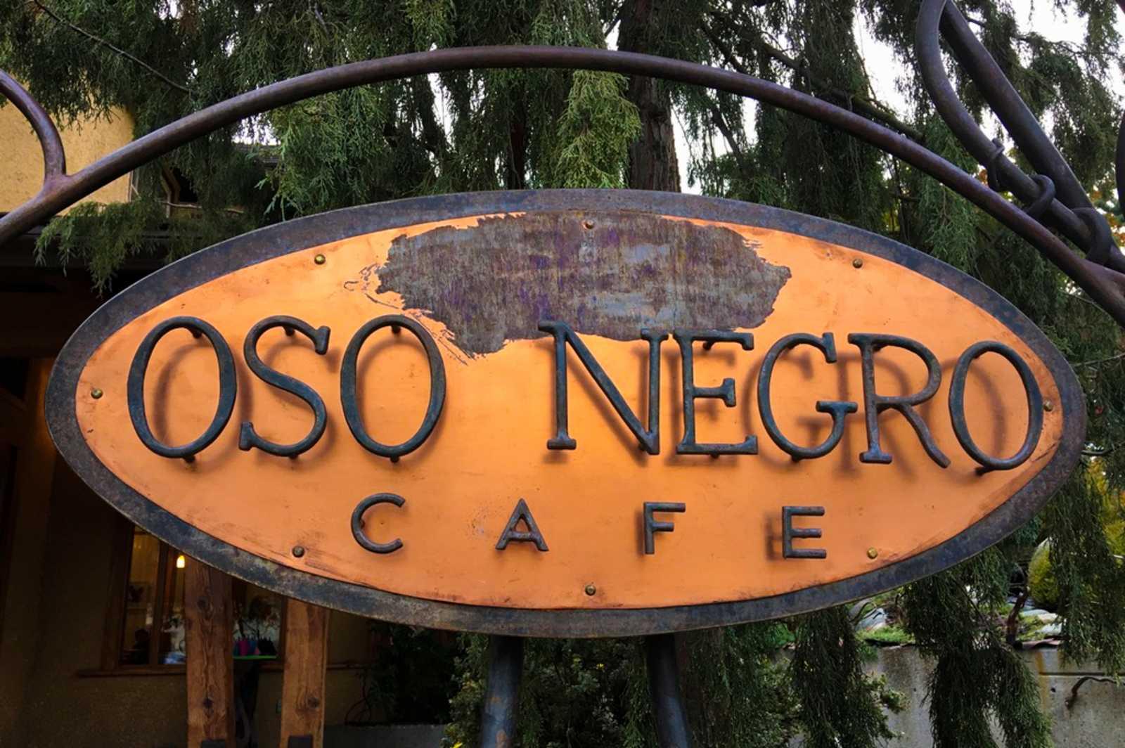 Willkommen im Oso Negro Café in Nelson, British Columbia