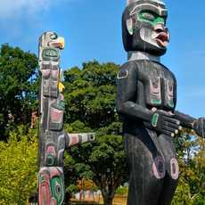 Totem-Pfahl der Ureinwohner British Columbias