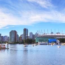 Skyline von False Creek in Vancouver, British Columbia