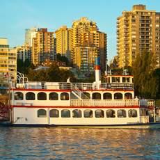 Sunset Dinner Cruise mit dem Schaufelrraddampfer in Vancouver, British Columbia