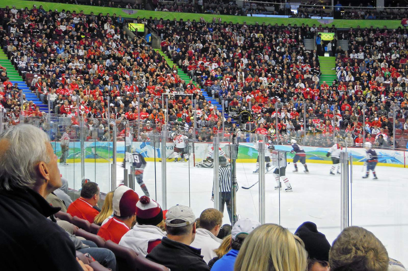 Action in der Rogers Arena