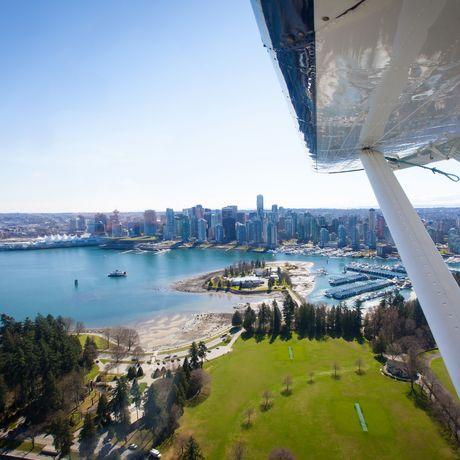 Rundflug mit dem Wasserflugzeug über Vancouver, British Columbia