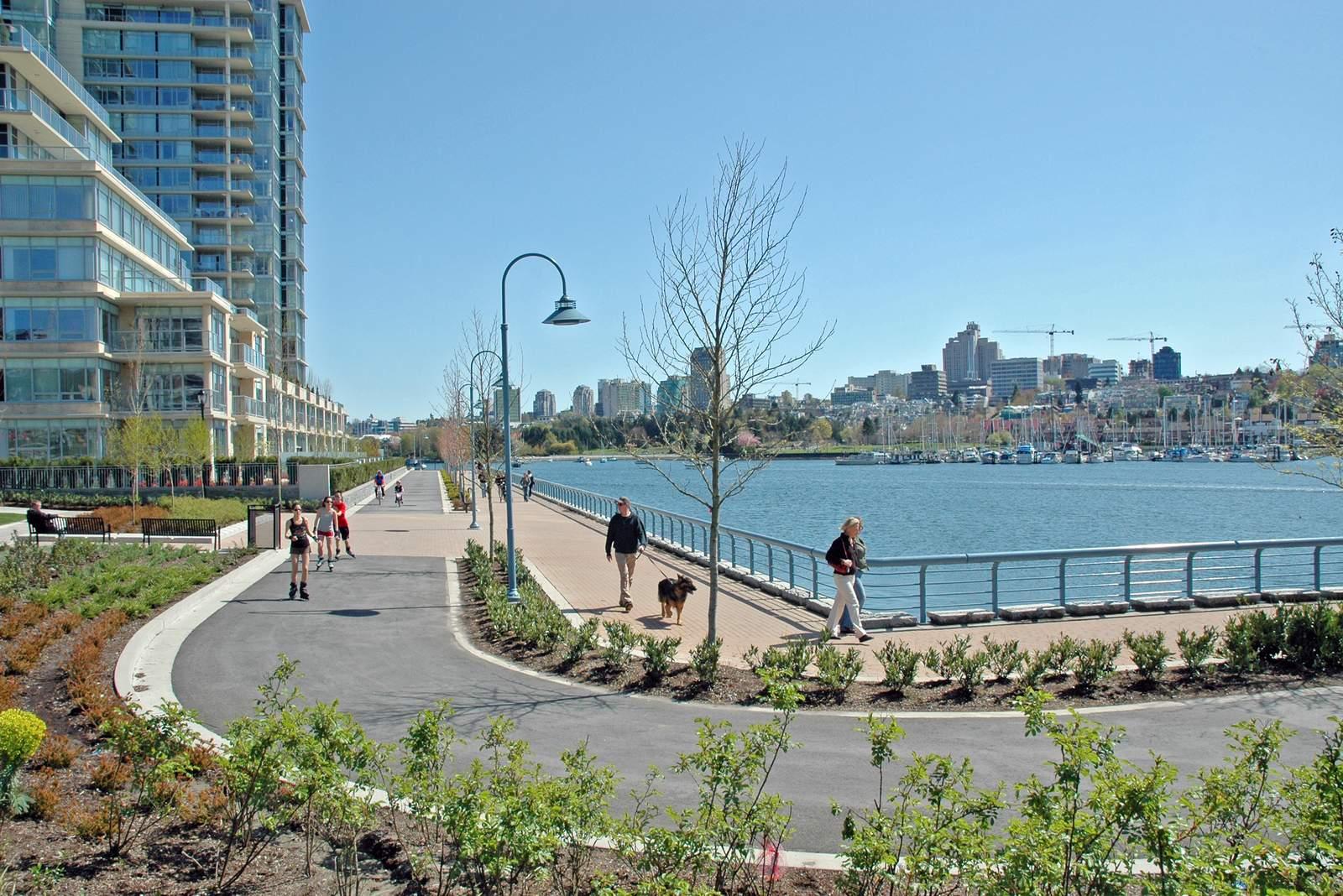 Vancouver Seawall in Yaletown