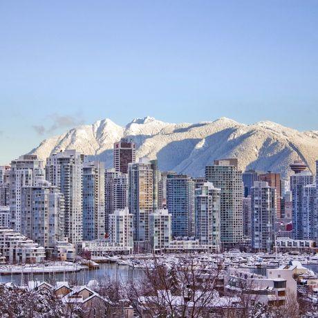 Vancouvers Skyline im Schnee, British Columbia