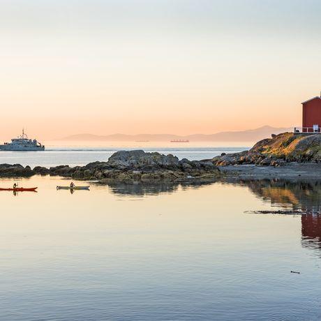 Kayaktour in der Fisgard Lighthouse National Historic Site bei Victoria auf Vancouver Island, British Columbia
